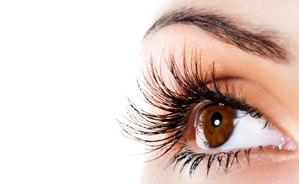Eyelash extensions – what to look out for, and how to care for them